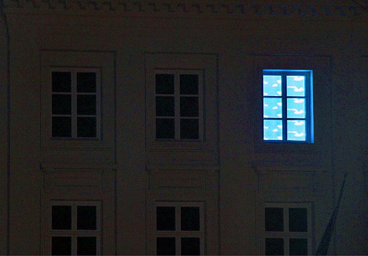 good night mister Magritte
