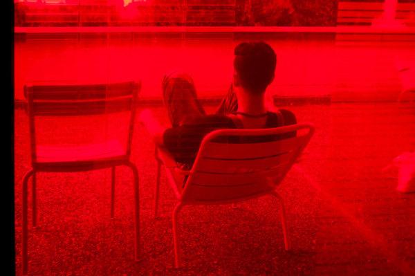 Par la fenêtre / By the window  3
