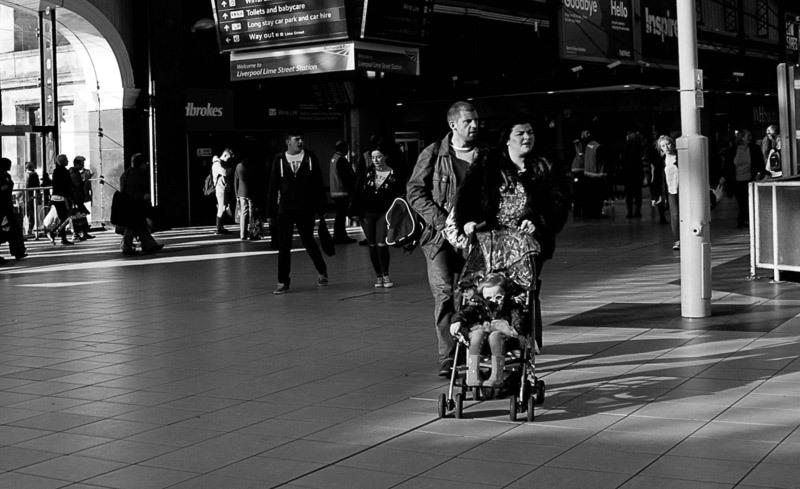 De gare en gare 3 /  Liverpool raiway station