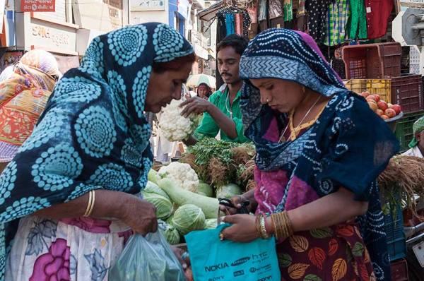 Au marché / Market place