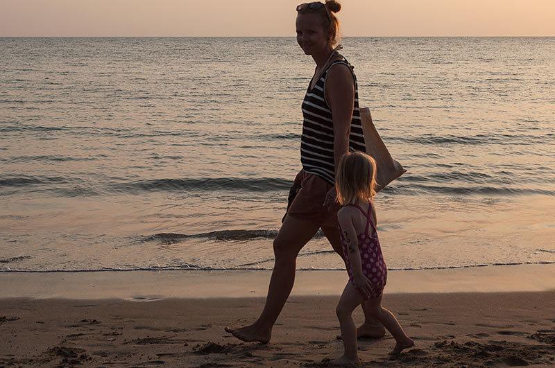 Promenade le long de la mer / Walk along the sea