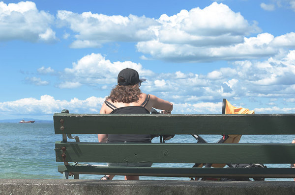 Sur le banc /  On the bench  1