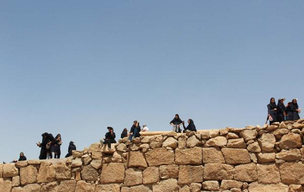 Iran persepolis pupils