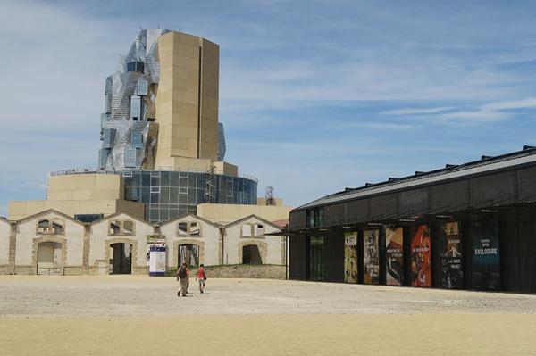 Les Ateliers / The Workshops