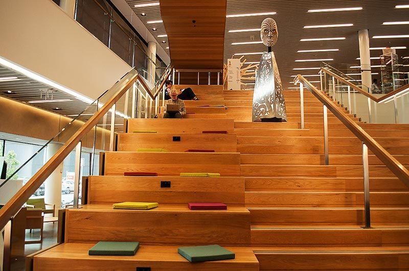 Voyage dans une bibliothèque 1