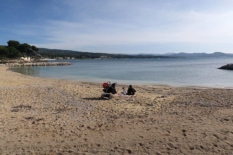 Octobre à la plage/ Beach in october