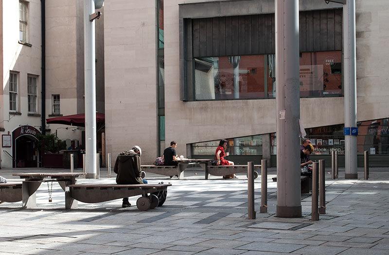 Sur le banc / On the bench