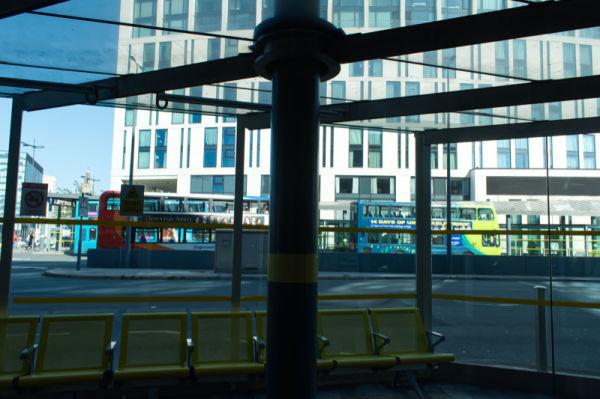 Arrêt de bus / Bus stand