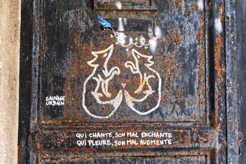 Les murs ont la parole / words from the walls