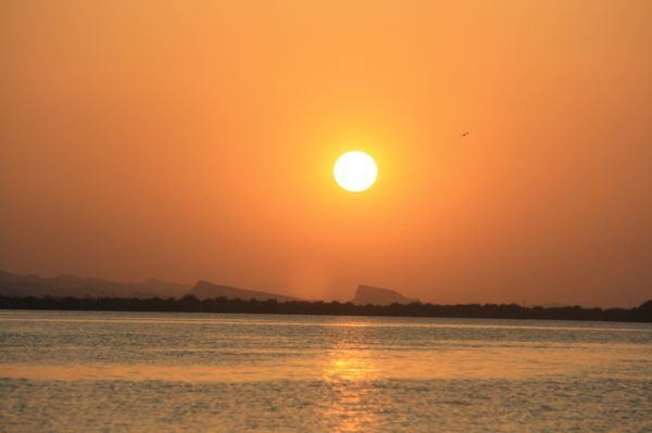 غروب دریای قشم