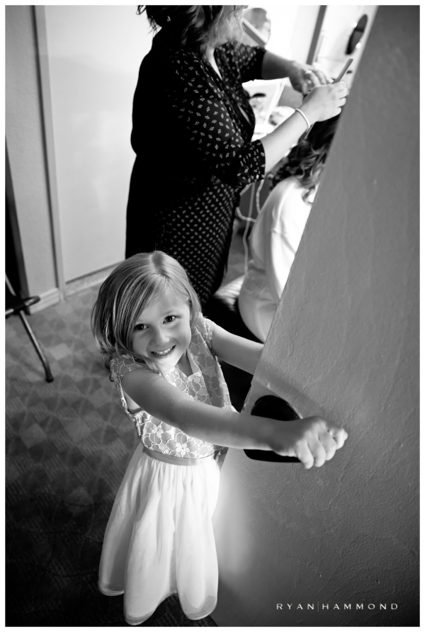 wedding photojournalism tucson flower girl