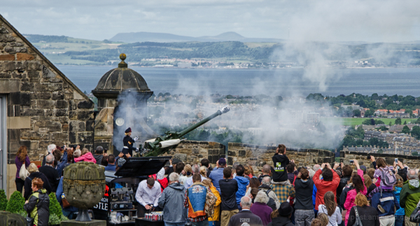 The Firing of the 1 O'clock Gun