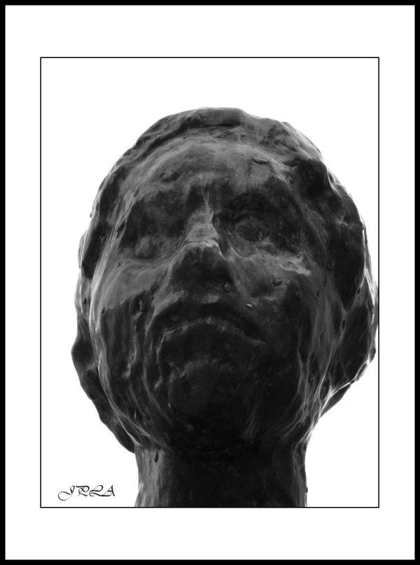 A Angers ... détails de statue#4