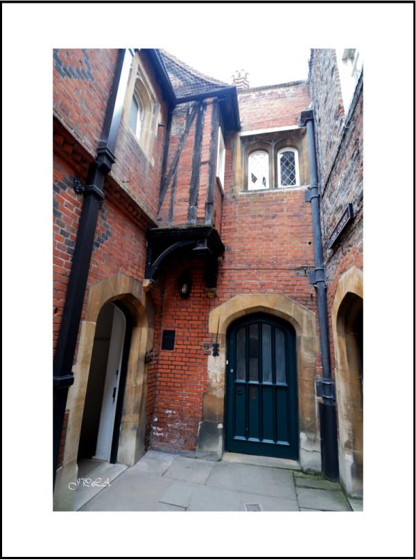 Hampton Court Palace #7