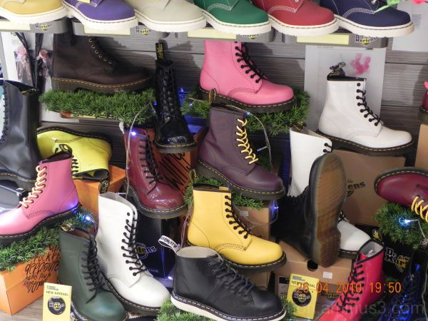 colouRFUL boOTS