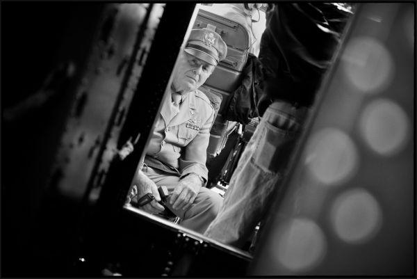 WW II navigator goes back in the air