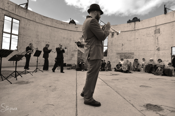 Jazz band Brass'ere at Mount Stromlo Observatory