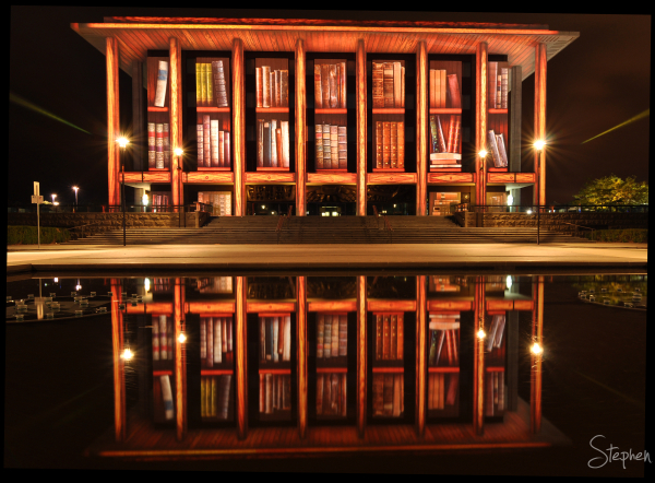 Enlighten Fesitval lights up the National Library