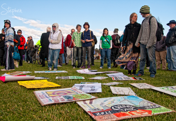 Rally to 'say yes' to action on climate change