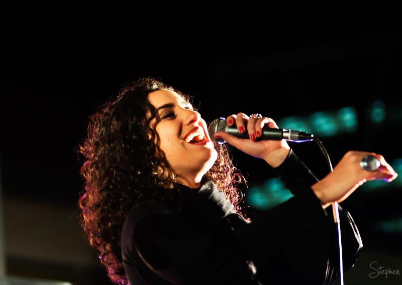 Aline Calixto performs during the Pura Vida tour.