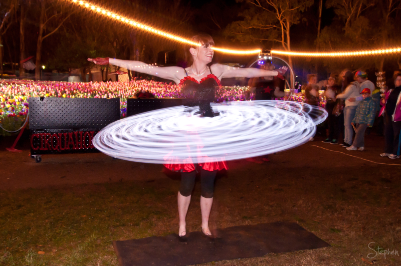 Cirquaholics performance at Floriade NightFest