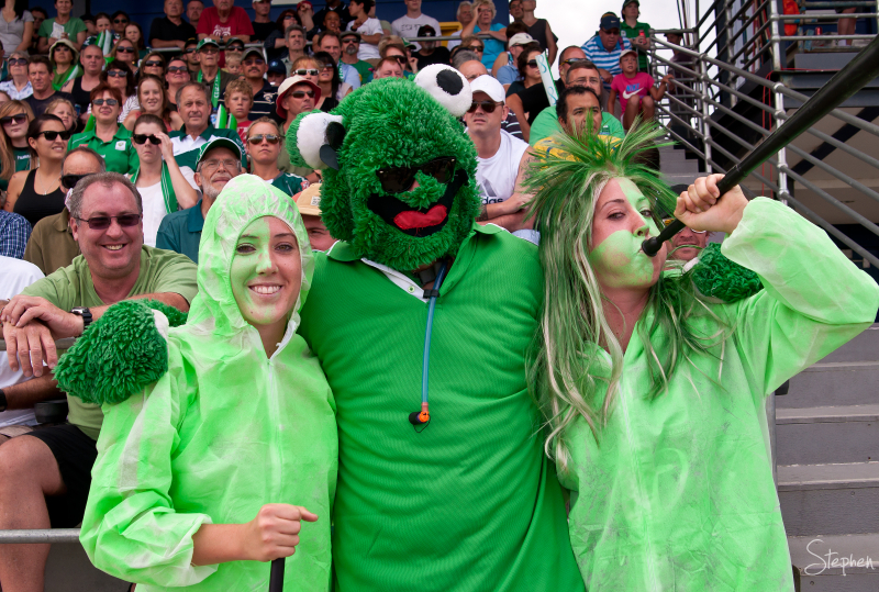 Canberra United fans at McKellar Park