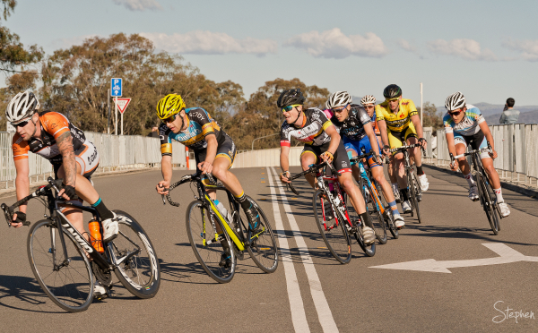 Fast corner in criterium of National Capital Tour