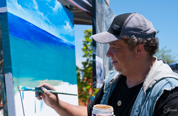Local artist Troy at work on canvas near Moss Vale