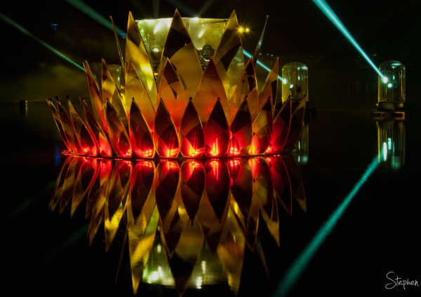 Lotus light sculpture at Floriade NightFest