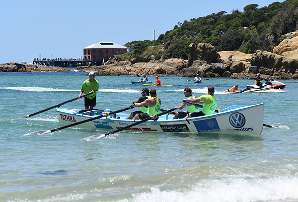 Surfboat marathon stage at Tathra