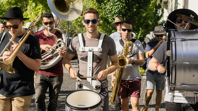 Street musicians at Art, Not Apart festival