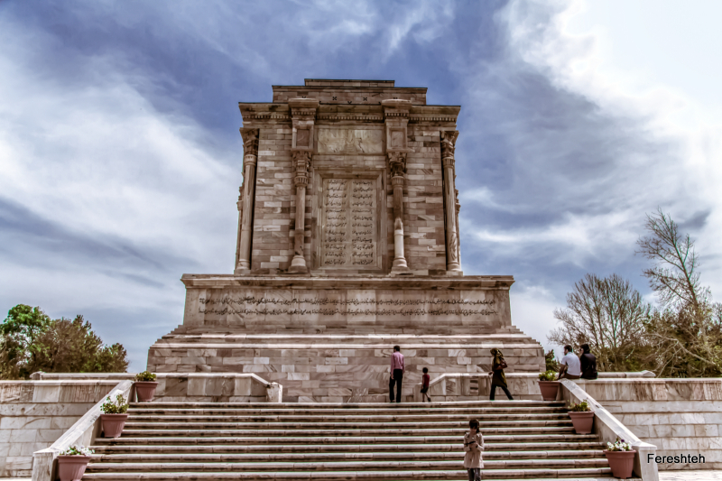 I like the Land  where I live,and as a female Photographer. I take  pride in recording a picture from the greatest  epic writer of all time. ,Ferdowsi :A  man  who brings honor to Persia ........ Hakim Abol-Ghasem Ferdowsi Toosi (940-1020) mashhad, Iran http://fa.wikipedia.org/wiki/%D9%81%D8%B1%D8%AF%D9%88%D8%B3%DB%8C ....  غرور و افتخار برای هر ایرانی ...