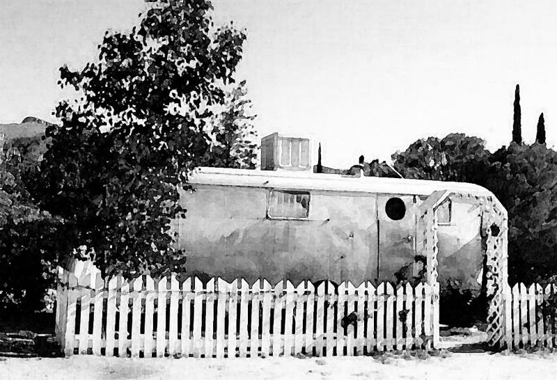 OLD AIRSTREAM TRAILER - BISBEE AZ