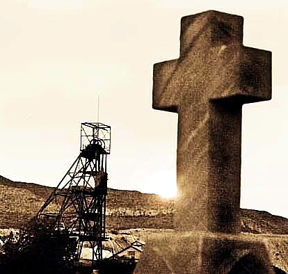 LIFE & DEATH IN A MINING TOWN