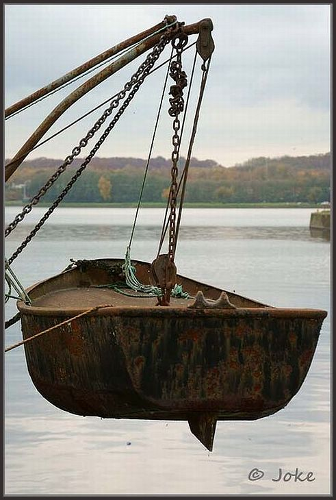 lifeboat at the lake (Le Grand Large)