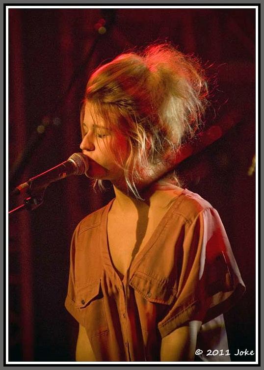 Selah Sue a famous singer-songwriter
