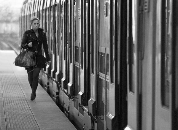 se magner le train