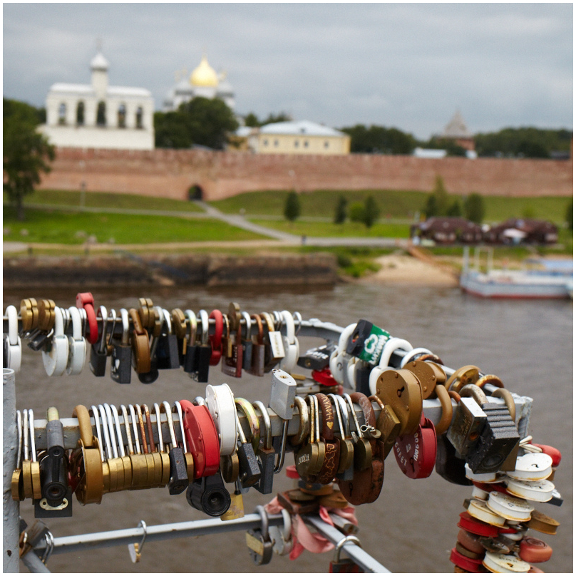 Love locks in Novgorod, Russia