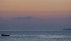 Hommikusel merel