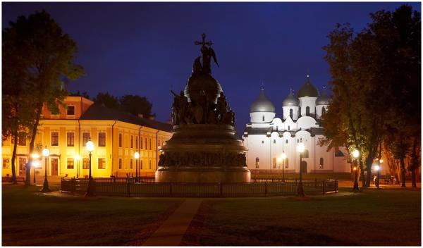 Millenium of Russia, Novgorod
