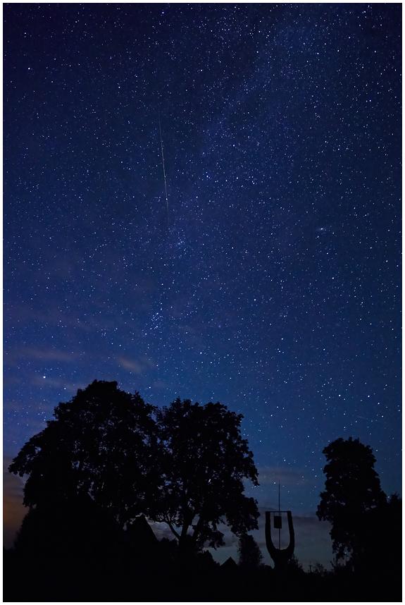 Tähtede poole / To the stars