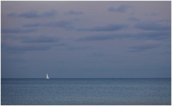 Üksik valge puri / The Lonely White Sail