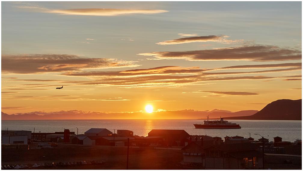 Midnight Sun in Longyearbyen, Svalbard