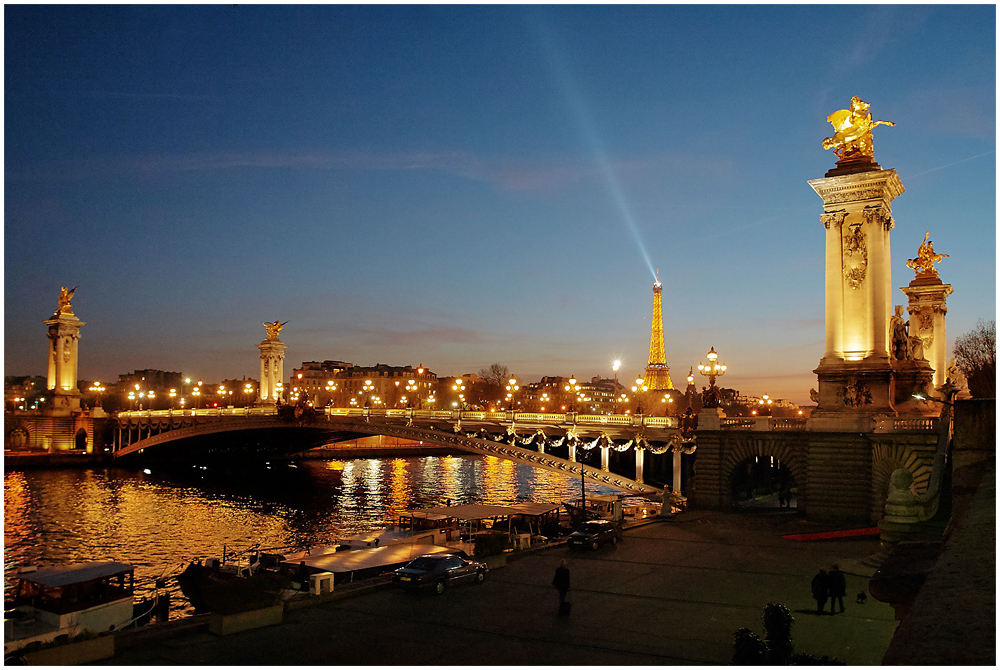 Alexander III sild Pariisis