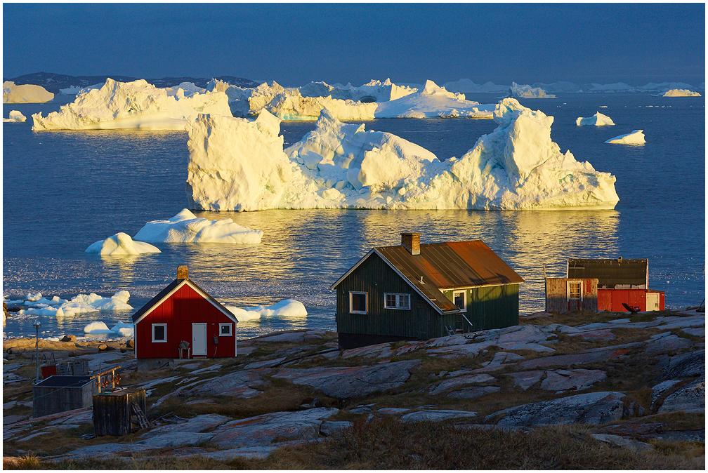 Oqaatsut, Rode Bay, Greenland