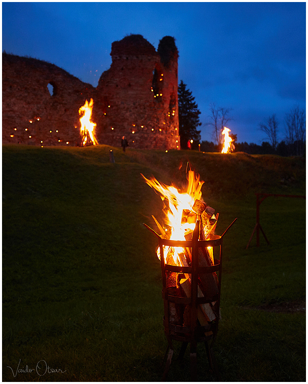 Tulede öö / The Night of Bonfires