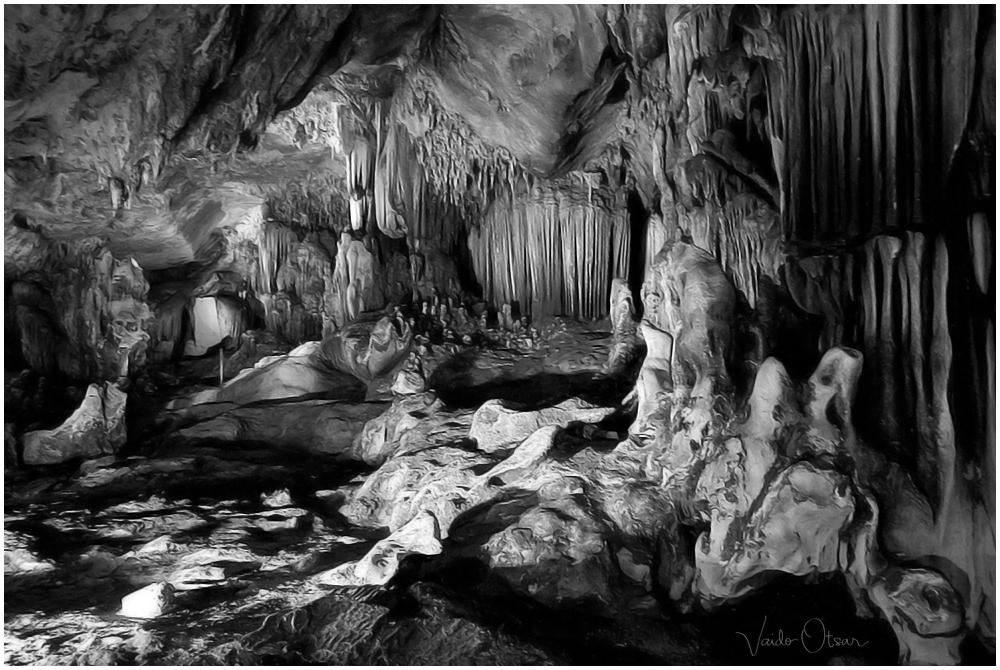 Kaeng Lawa Cave, Thailand