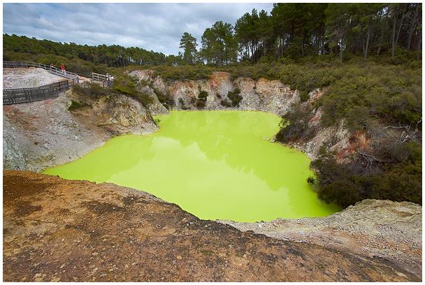 Wai_O-Tapu Devil's Bath