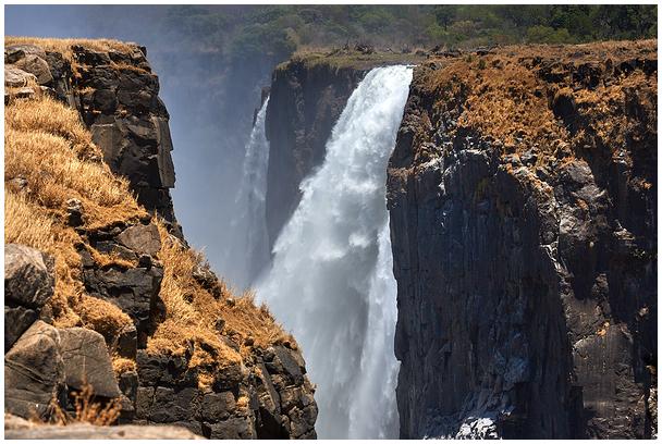 Victoria juga / Victoria Falls
