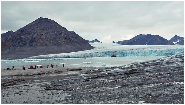 Hansbreen glacier / Hansbreeni liustik
